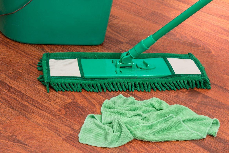 沐浴乳和 地板清潔劑是家中常備產品